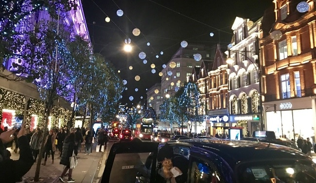 לונדון בכריסמס. כשתהיו תבינו למה זה ממכר