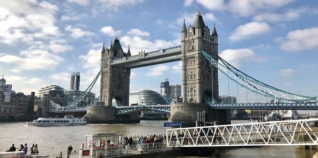 גשר המצודה בלונדון - Tower Bridge - הגשר שכולם חושבים שקוראים לו גשר לונדון