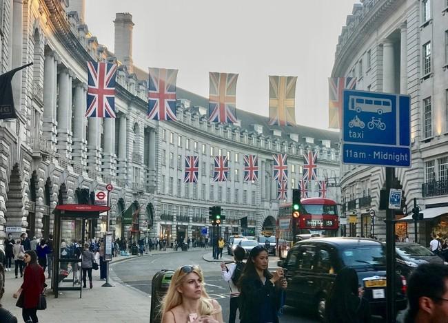 הגבול המערבי של סוהו הוא מהרחובות האייקוניים בלונדון. Regent's Street