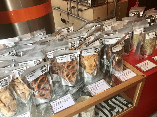 התוספות לגלידה ב- Chin Chin Labs