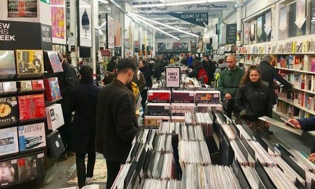 חנות תקליטים מהגדולות בלונדון. Rough Trade East