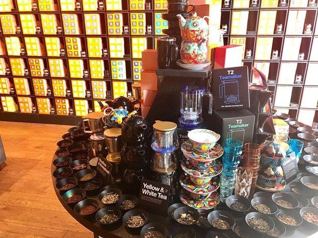 אוהבים תה? ב-T2 תמצאו כל סוג תה אפשרי, ויש גם טעימות