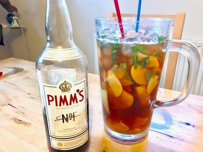 המשקה הקיצי האולטימטיבי. פימ'ז