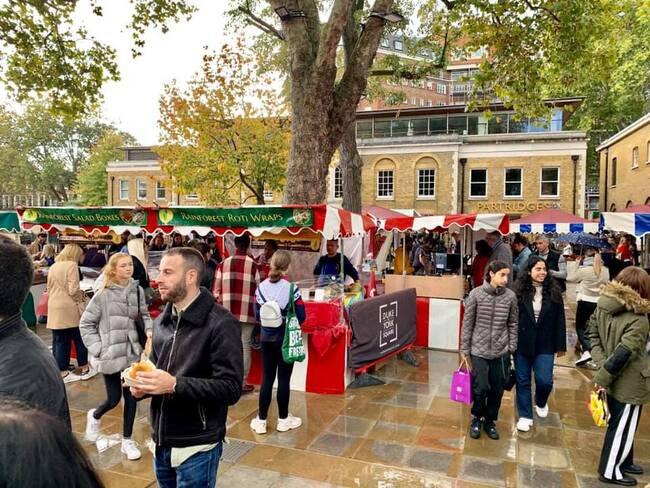 שוק Duke of York Square בימי שבת. מהשווקים האהובים עלי בלונדון