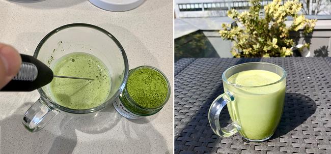 משמאל עבדכם הנאמן מקציף מאצ׳ה על הבוקר. מימין כוס מאצ׳ה לאטה עם חלב מרוכז במרפסת ביום לונדוני שמשי