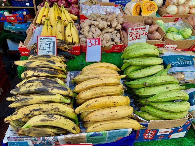 שלושה סוגי פלנטיין (בננות לבישול וטיגון)