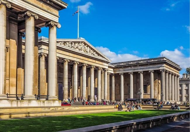 מבנה המוזיאון הבריטי – The British Museum