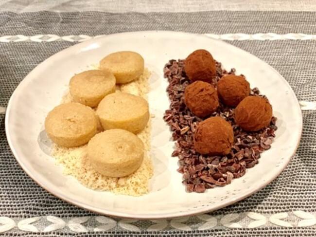 טראפלס במילוי משתנה ועוגיות חמאה-שקדים נימוחות במיוחד