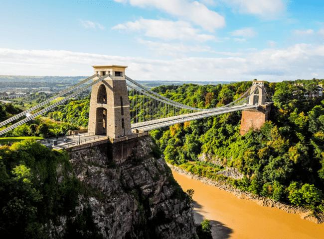 הגשר התלוי של קליפטון. מסמלי העיר בריסטול
