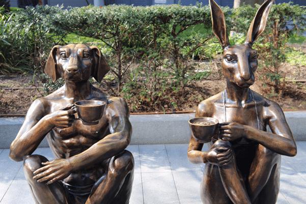 ״הארנבת והכלב״ בשוק ספיטלפילדס