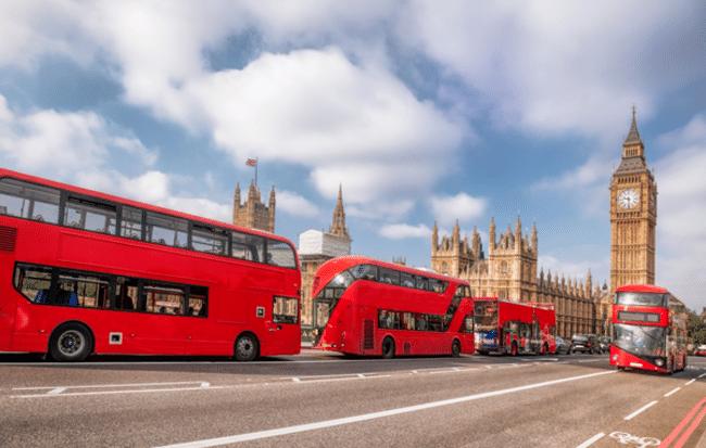 תנו להם צ׳אנס מדי פעם, זו אחלה דרך לראות את העיר. אוטובוסים בלונדון